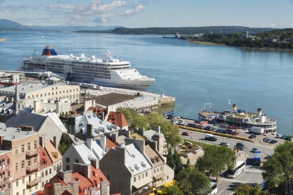 Europa_2_cruiseship_12