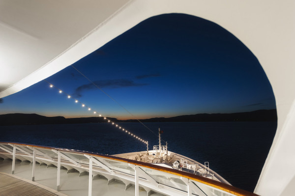 Europa_2_cruiseship_21