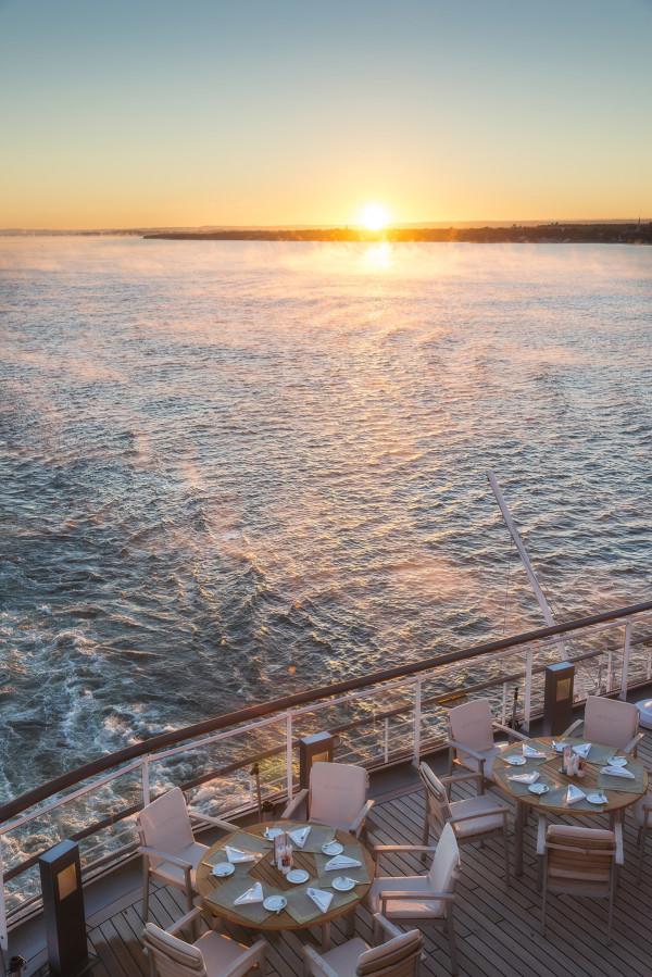 Europa_2_cruiseship_8