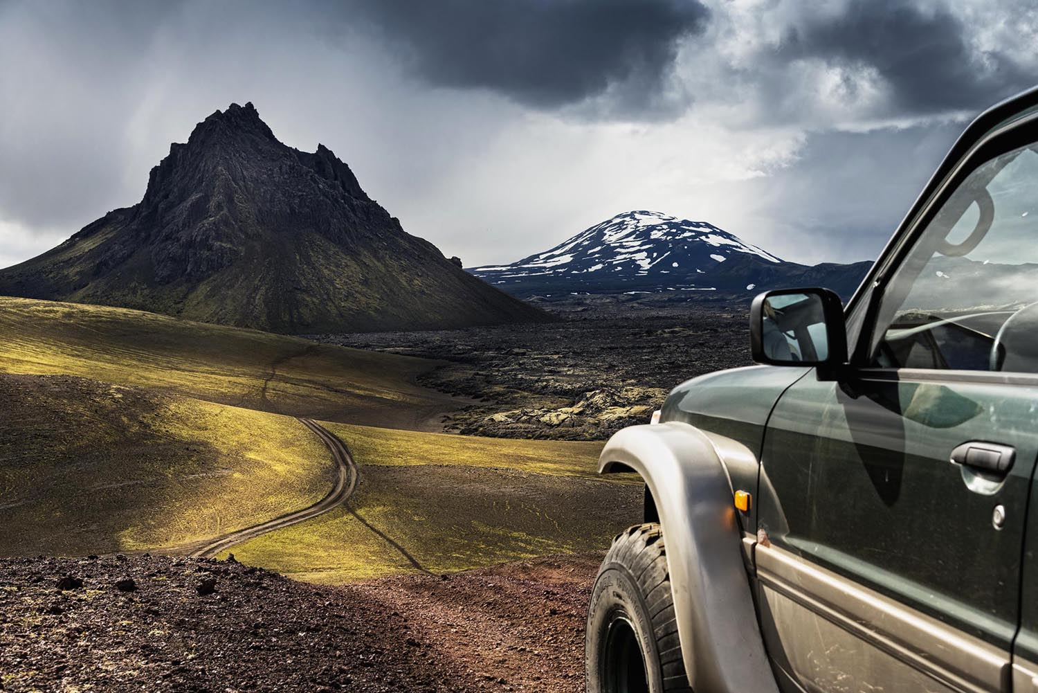 On track in the southern highlands of iceland