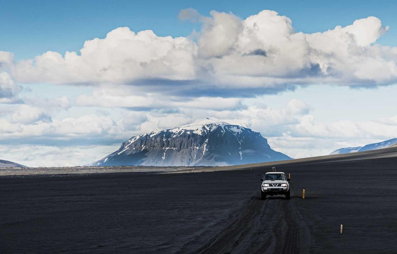 Herdubreid and Jeep